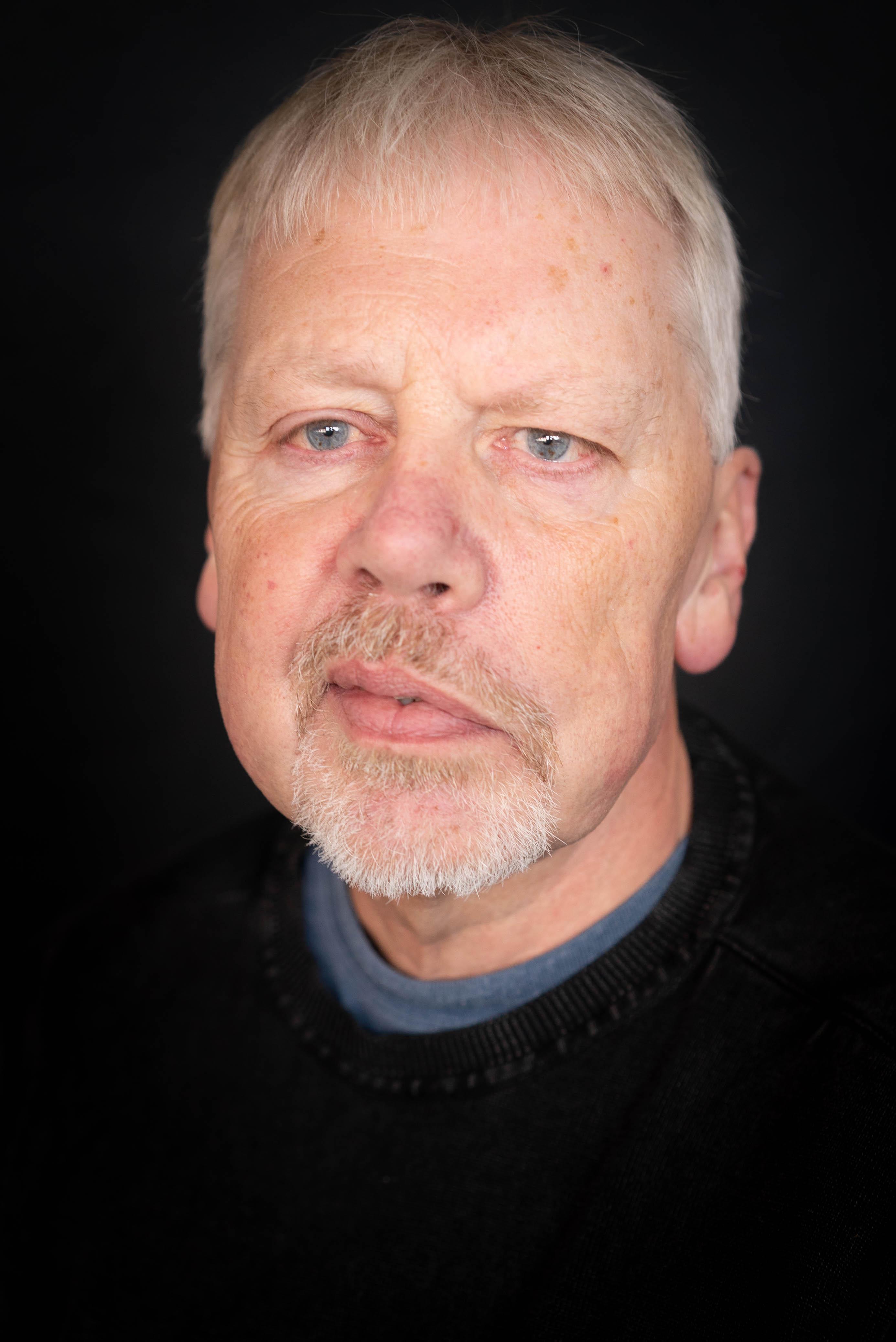 Jan Bæk (JB)