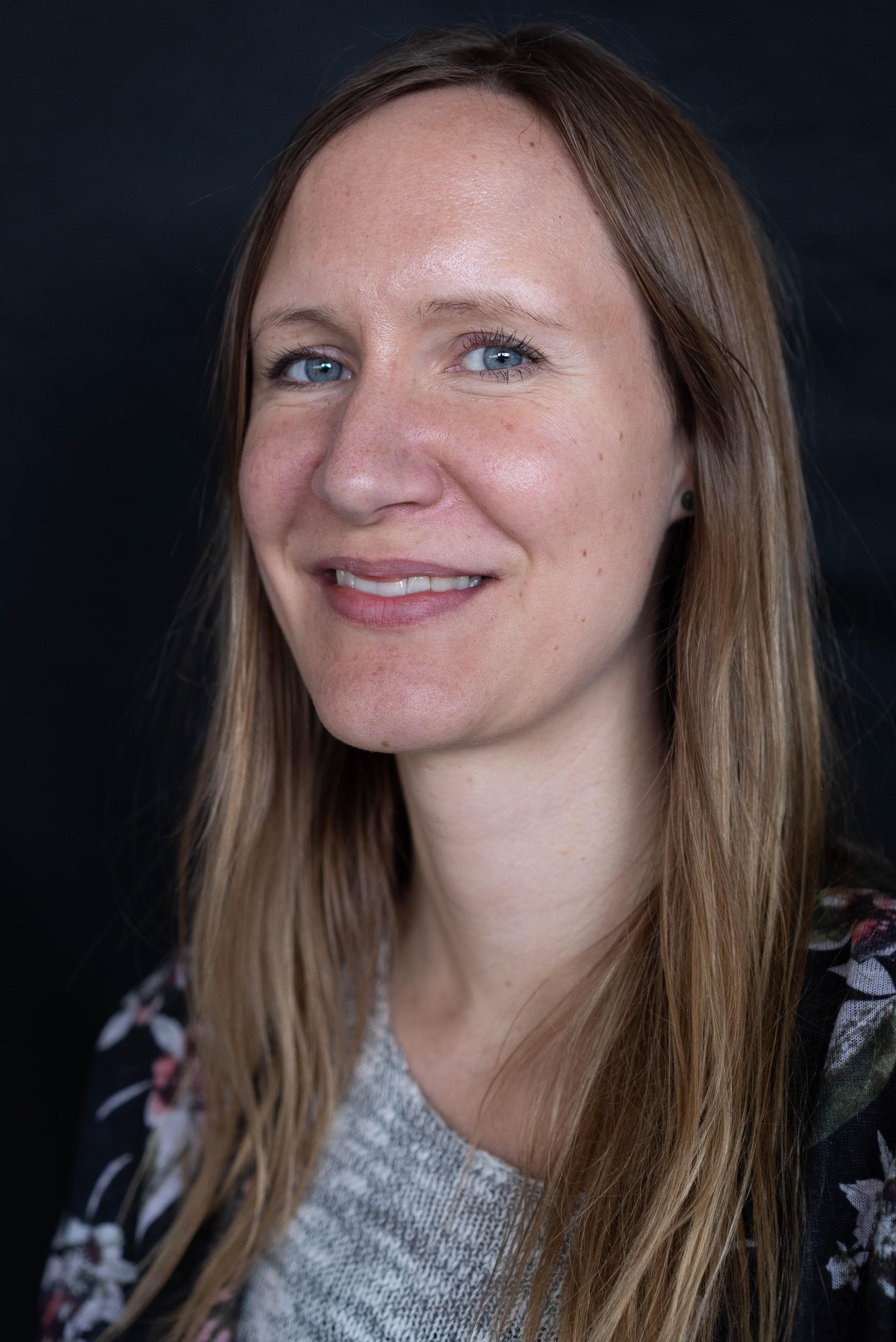 Julie S. Andersen (JA)